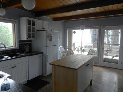 Sechelt house rental - Kitchen access to deck.
