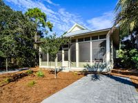 Pelican's Nest: New Grayton Beach Cottage with Beautiful Private Pool!