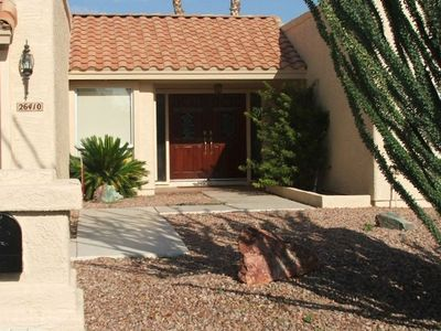 Santa Fe Style Home in Quiet Neighborhd Near Walking Trails Around Lakes