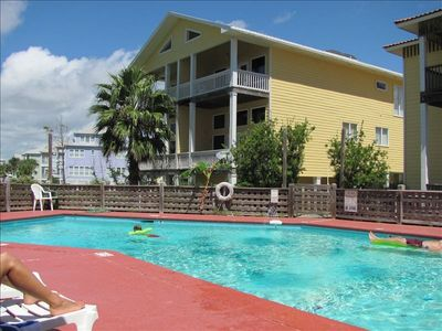 Gulf Shores condo rental - Looking accross swimming pool to beach house