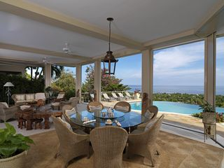 Montego Bay villa photo - Dine in the Pavilion overlooking the sea