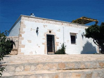Ostuni cottage rental - The old dry-stone 'Lamia' exterior
