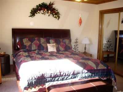 Moonridge house rental - Master Bedroom... sleep well!