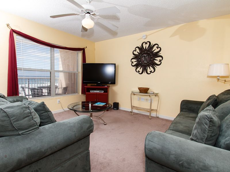 Islander beach resort 3006 vacation paradise relaxing for Living room with lots of seating