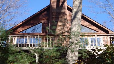 Happy Ours cabin is secluded, yet offers easy road access to lake & town.
