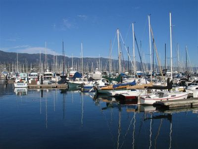 Santa Barbara condo rental - Walk to the Harbour and enjoy a sunrise or sunset cruise