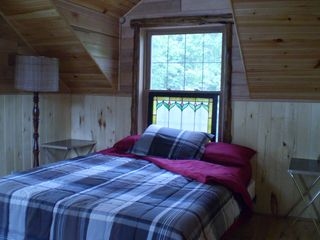Lake Medora cottage photo - MBR - new queen bed