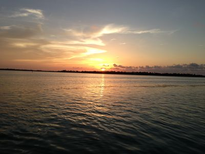 Spectacular sunset and ocean breeze on Tavernier creek Ocean Side