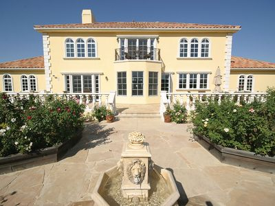 Main house and gardens. Situated among vineyards and olive trees in Paso Robles