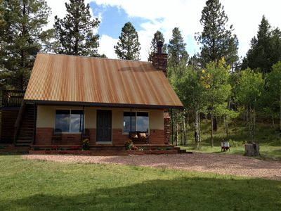 Bryce Canyon cabin rental - Front of the ranch house!