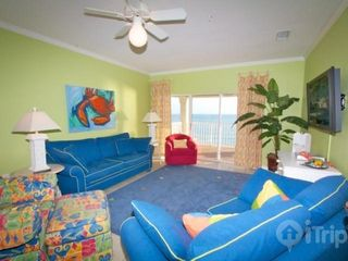 Orange Beach condo photo - Sofa sleeper in living area