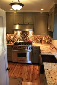 Provincetown condo rental - Kitchen with copper sink and Wolf range