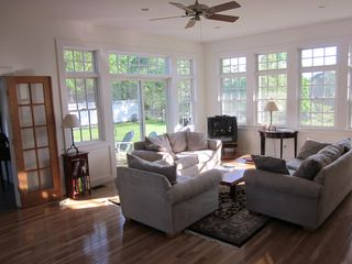 Edgartown cottage photo - Family Room (1)