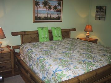 Tropical King bed with top quality Sterns and Foster mattress.