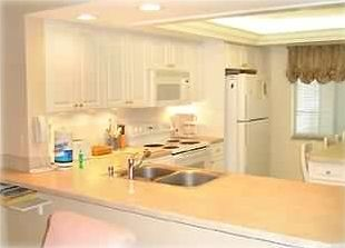 Completely equipped eat in kitchen with breakfast island