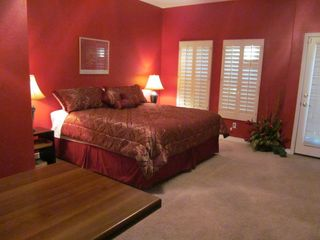 Phoenix condo photo - Large Master bedroom suite with new Beauty Rest King Pillow Top Memory Foam Bed.