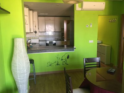 Bright and comfortable apartment, WIFI + TV + AIR CONDITIONING