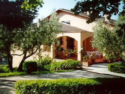 Portion of Luxury Villa with Pool close to Assisi - Large Apartment