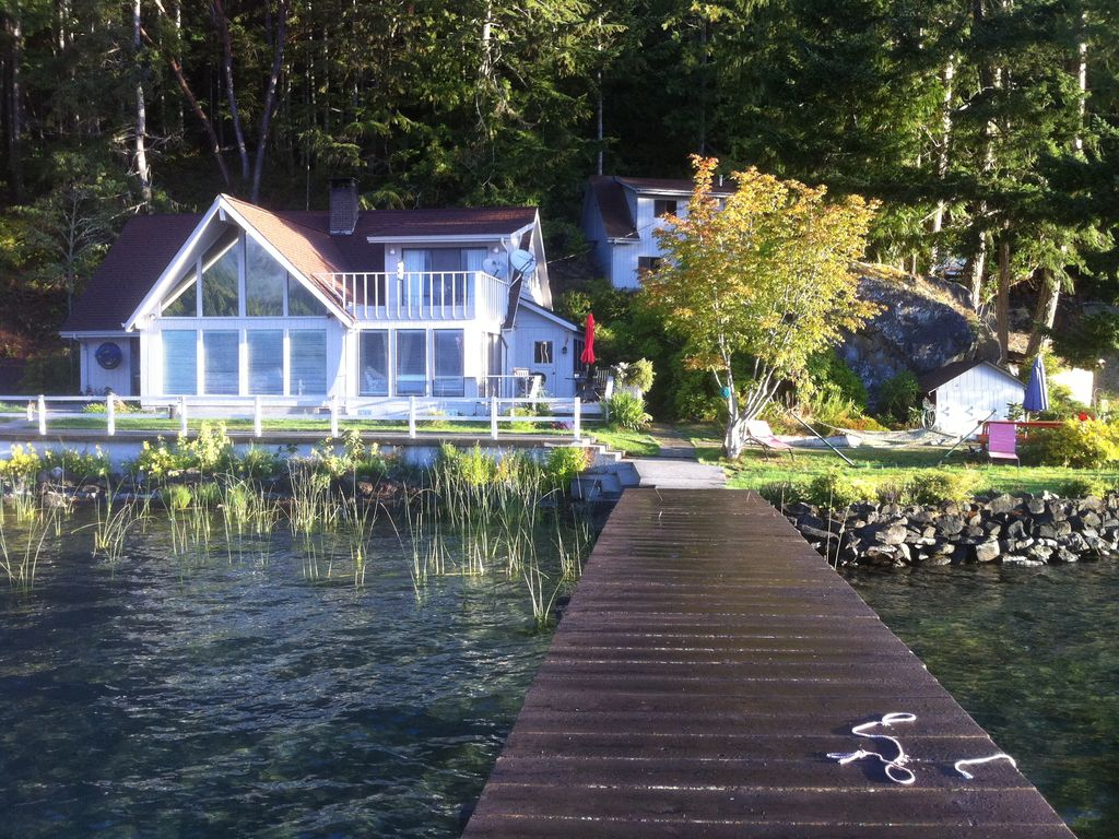 beautiful lake crescent in olympic national park vrbo