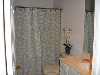 Bluffton house rental - Second full bath