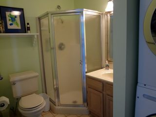 Brigantine condo photo - Hall Bathroom with Washer Dryer