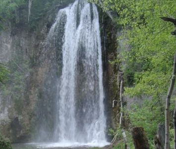 Spearfish Falls is 20 minutes away
