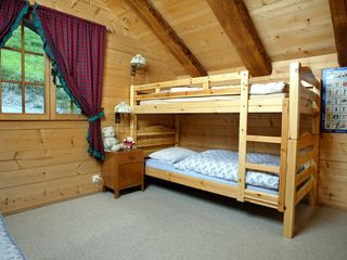 Val-d'Illiez chalet photo - Upper level bedroom with a bunkbed and one single bed