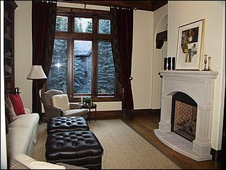Beaver Creek house photo - Den - TV Gas Fireplace