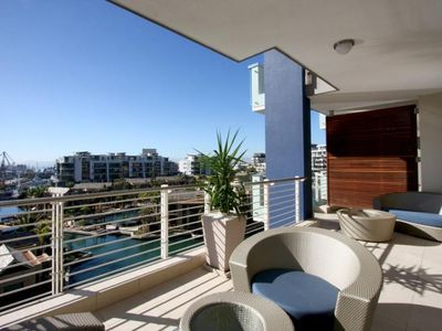 3 Bedroom, 5 Star Apartment In V&A Waterfront - Kylemore 410