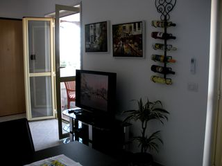 Pizzo apartment photo - TV, DVD, Wine rack, French Doors open to Deck