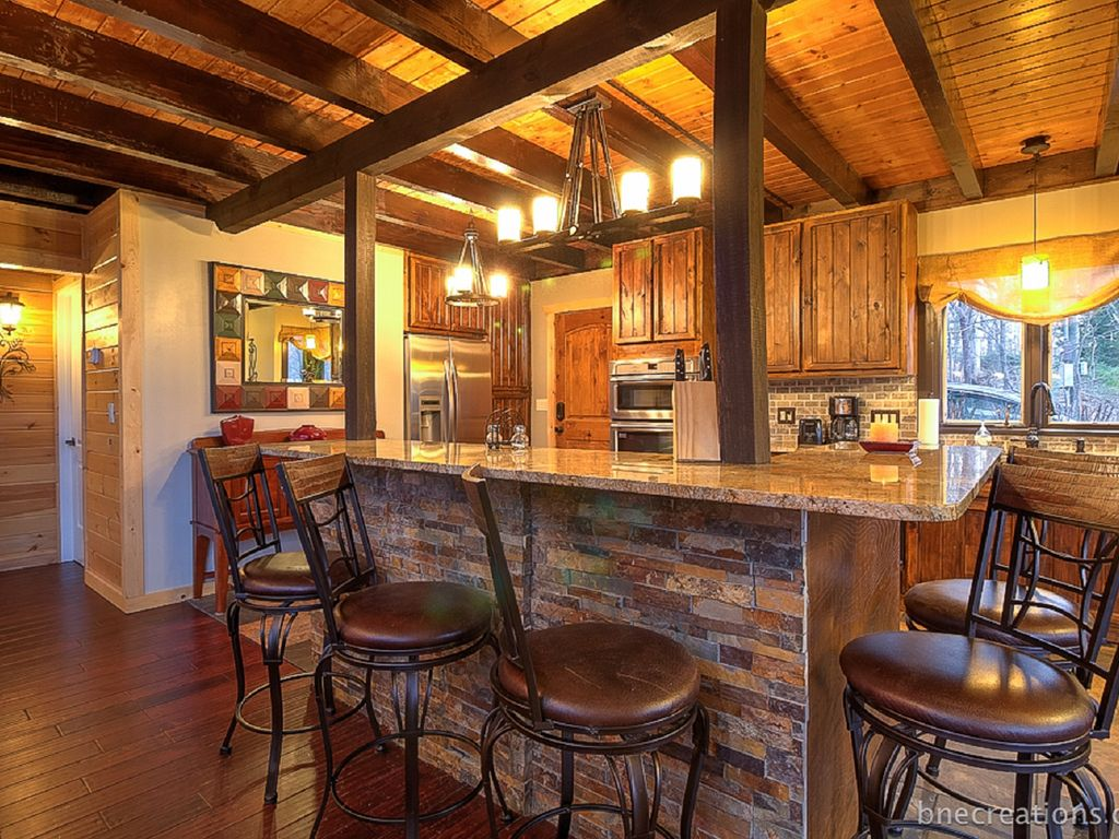 5 Bedroom Luxury Cabin With A Great Mountain Vrbo