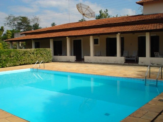 Farm film, full house with 2 pools and leisure 7000 mts