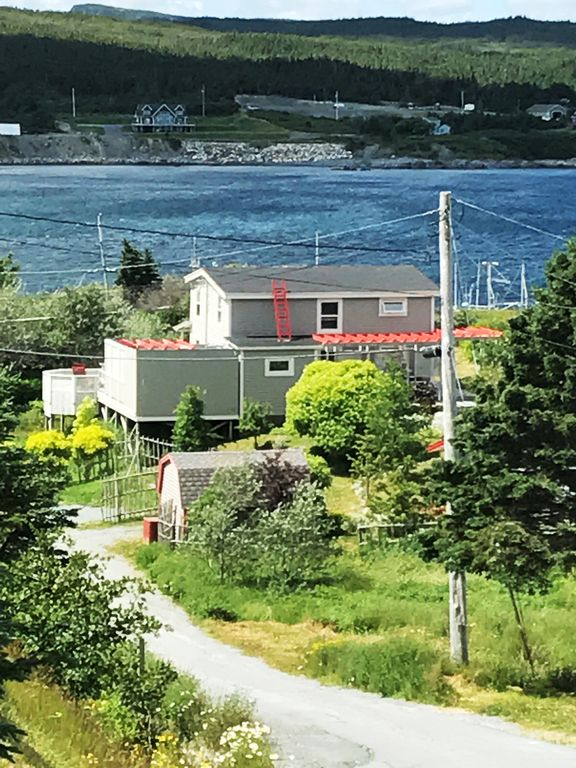 Cottage on East Coast Trail with Ocean View close to Mistaken Point UNESCO Site
