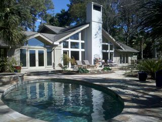 Fabulous Private Backyard with Pool, Spa, Chaises, 2 Dining Tables, Gas Grill