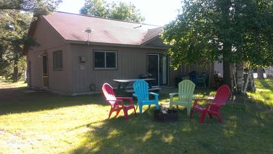 Small, Quiet, Family Oriented Cabins on the Side Lake Chain of Lakes!