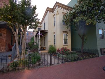 Downtown - Washington DC townhome rental - Historic Le Droit Townhouse