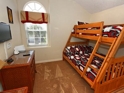 Double & single bunk beds with flat screen TV, Wii Console and Netflix