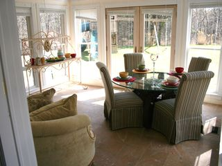 Hampton Bays house photo - breakfast room