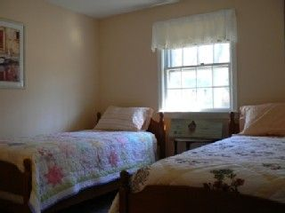 Hyannis - Hyannisport house photo - Bedroom #3 (two twin beds)