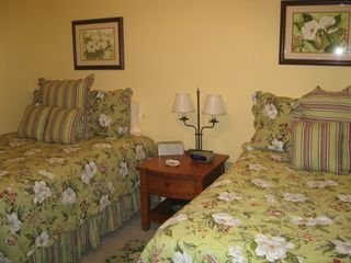 Asheville house photo - Double bedroom on main floor