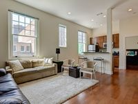 Exquisitely Furnished Downtown 1BDR With Private Entrance