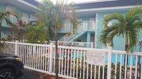 2 Blocks From Beach. Waterfront, Pool, Private Boat Dock. 940 Sq Ft 2 Bdrm1 Bath