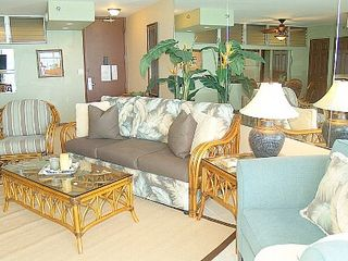 Kahana condo photo - Queen-sized sleeper sofa in Living Area.