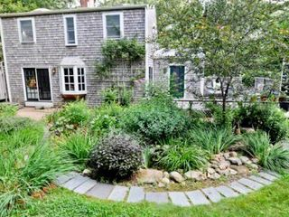 West Tisbury cottage photo - Gardens
