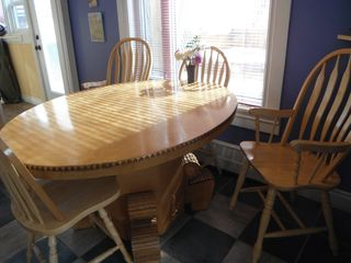 Crowsnest Pass house photo - Kitchen table