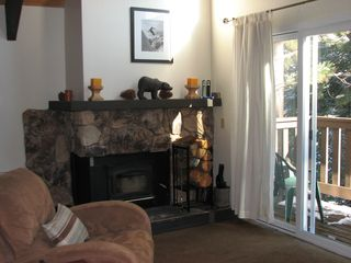 Mammoth Lakes condo photo - Relax in the plush recliner and enjoy the beautiful view