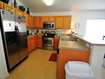 Full Kitchen - stainless steel appliances and everything you need to cook & eat