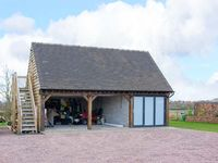 THE ACORN LOFT, country holiday cottage in Northwood, Ref 903772
