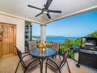 NEW VACATION RENTAL IN THE HEART OF FLAMINGO BEACH WITH STUNNING VIEWS!