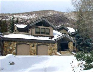 Vail house photo - Spacious Golf Course Neighborhood Home